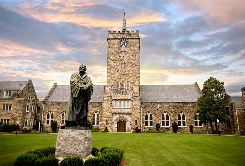 Digital technology to boost outreach of Wartburg science-oriented seminary courses