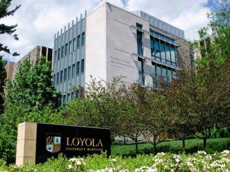 Science-engaged theology in focus for Loyola professors, students